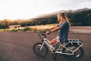 抱っこ紐での自転車事故が多発!赤ちゃんを乗せるのは違反?