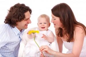赤ちゃんの便秘にマッサージは危険!安心安全の解消法とは?
